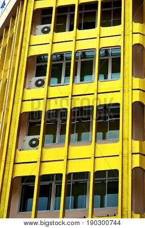 Bangkok Terrace  Thailand  Office District  Yellow Palaces    Fan