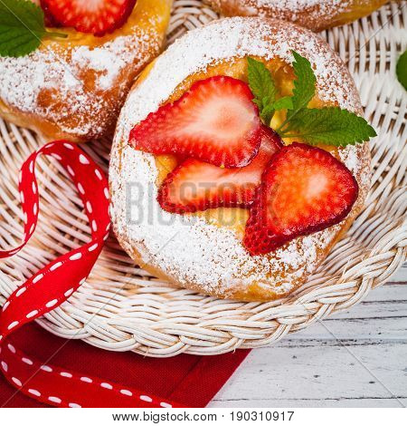 Round buns with cottage cheese - Vatrushka. Traditional Russian Baking. Selective focus.