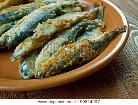 Finnish style Fried whitefish- friteerattu nahkiainen. close uз
