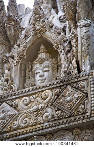 Siddharta    The Temple Bangkok Asia   Head