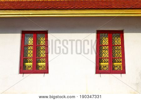 Window     Gold    Temple    Red