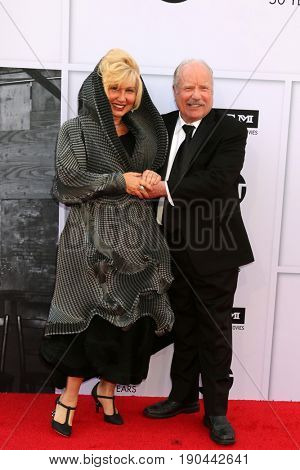 LOS ANGELES - JUN 8:  Svetlana Erokhin, Richard Dreyfuss at the American Film Institute's Lifetime Achievement Award to Diane Keaton at the Dolby Theater on June 8, 2017 in Los Angeles, CA