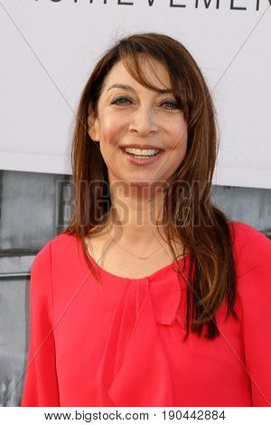 LOS ANGELES - JUN 8:  Illeana Douglas at the American Film Institute's Lifetime Achievement Award to Diane Keaton at the Dolby Theater on June 8, 2017 in Los Angeles, CA