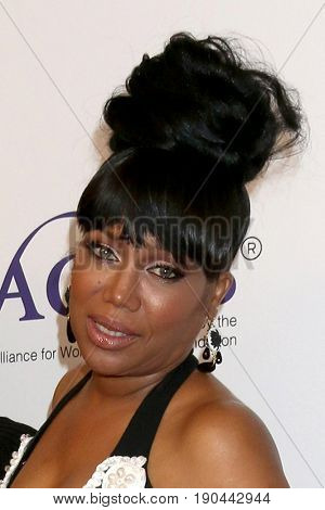 LOS ANGELES - JUN 6:  Michel'le at the 42nd Annual Gracie Awards at the Beverly Wilshire Hotel on June 6, 2017 in Beverly Hills, CA