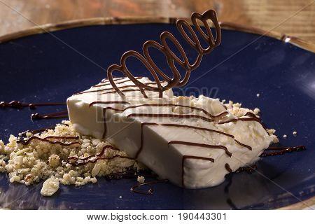 Freddo Dessert With Torrone