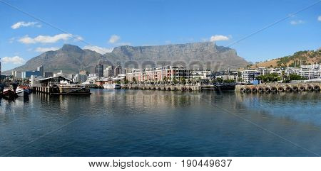 VICTORIA AND ALFRED WATERFRONT, CAPE TOWN SOUTH AFRICA 27sfeff