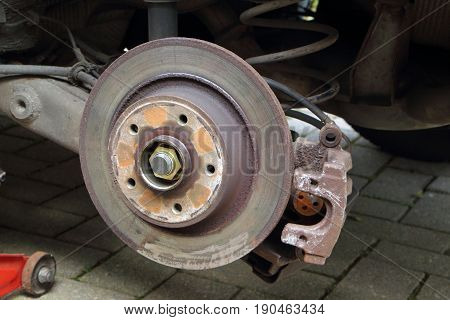 Brake disc of a car under reparation