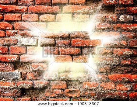 Old wall with lights and rays in the middle