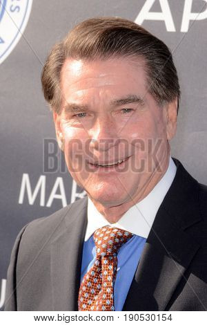 LOS ANGELES - JUN 8:  Steve Garvey at the Los Angeles Dodgers Foundations 3rd Annual Blue Diamond Gala at the Dodger Stadium on June 8, 2017 in Los Angeles, CA