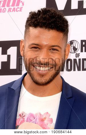 LOS ANGELES - JUN 9:  Jeffrey Bowyer-Chapman at the RuPauls Drag Race Season 9 Finale Taping at the Alex Theater on June 9, 2017 in Glendale, CA
