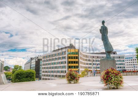 Statue Of King Haakon VII Of Norway In Oslo, Norway. Cloudy Day In Norwegian Capital