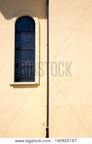 Shutter Europe  Italy  Lombardy        The Milano Old   Window   Abstract