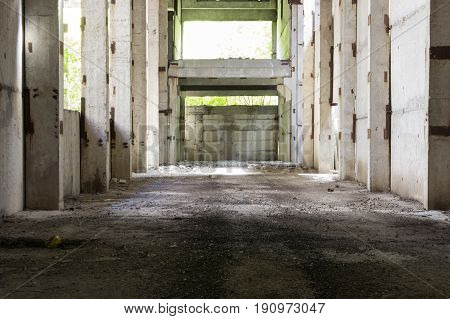 Abandoned room from bituminous plates, on a sunny day