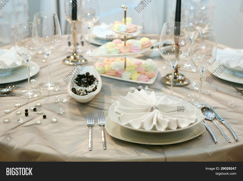 Table Setting For Elegant Wedding Dinner