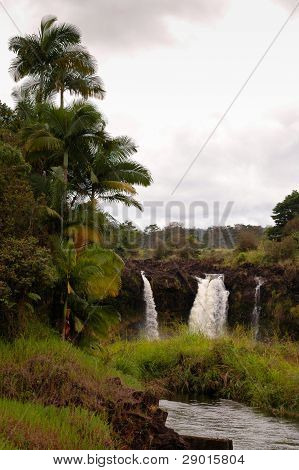 Pe'epe'e Falls, Hawaii