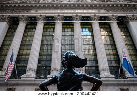 New York City (usa) - March 19 2019: Fearless Girl At Its Final Place In Front Of Stock Exchange