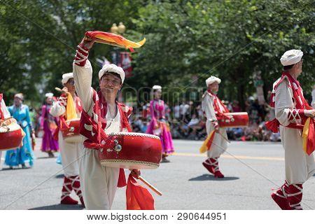 Washington, D.c., Usa - July 4, 2018, The National Independence Day Parade, Chinese, Wearing Traditi