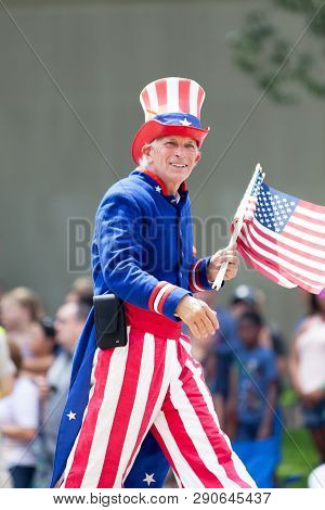 Washington, D.c., Usa - July 4, 2018, The National Independence Day Parade, Man Dress As Uncle Sam,
