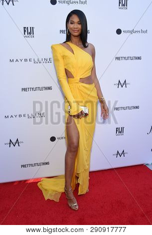 LOS ANGELES - MAR 17:  Chanel Iman arrives for the The Daily Front Row 5th Annual Fashion LA Awards on March 17, 2019 in Beverly Hills, CA