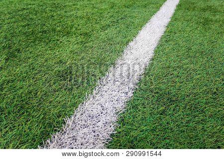 Sideline Football Field, Sideline Chalk Mark Artificial Grass Soccer Field