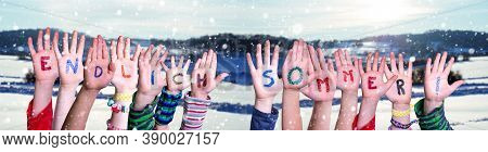 Children Hands, Endlich Sommer Means Finally Summer, Winter Scenery