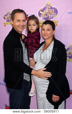 LOS ANGELES - NOV 10:  Chad Lowe, family arrives at the