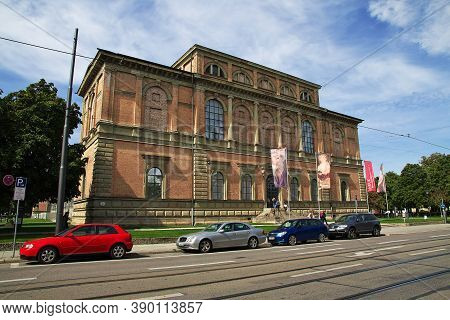 Munich, Bavaria, Germany - 13 Sep 2015: Alte Pinakothek In Munich, Germany