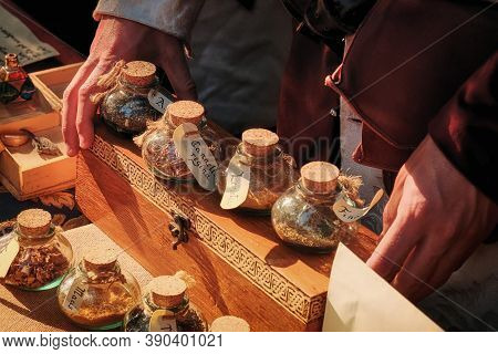 Trade Spices In The Medieval Market, Retro. Fair For The Sale Of Herbs And Seasoning. Sale Of Spices