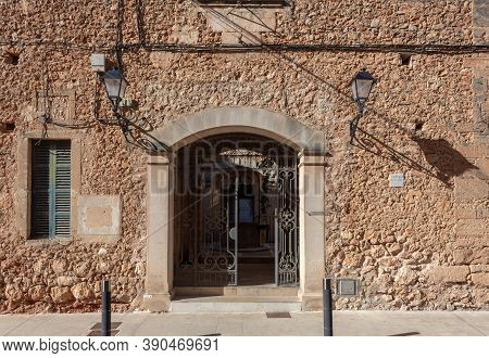 Campos, Balearic Islands/spain; October 2020: Main Facade Of The Peace Courts In The Majorcan Town O