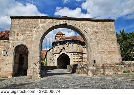 Rotenburg On Tauber, Bavaria, Germany - 12 Sep 2015: The Gate In Rotenburg On Tauber In Germany