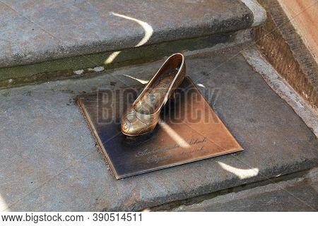 Moritzburg, Saxony, Germany - 08 Sep 2015: The Slipper Of Cinderella, Moritzburg Schloss In Germany,