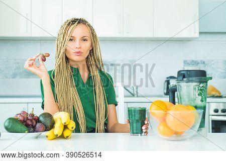 Spirulina For Weight Loss. Vegan Vegetarian Vegetable Concept. Healthy Diet Smoothie Breakfast Food.