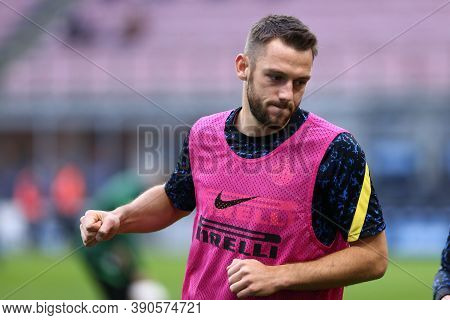 Milano (italy), 17th October 2020. Stefan De Vrij Of Fc Internazionale During The Serie A Match Betw