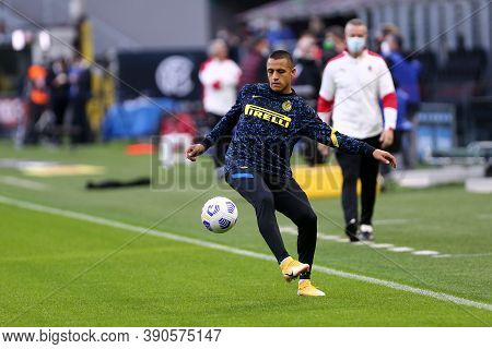 Milano (italy), 17th October 2020. Alexis Sanchez Of Fc Internazionale During The Serie A Match Betw