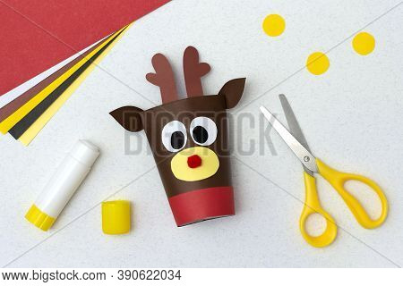 How To Make Toilet Paper Roll Reindeer Craft. Original Project For Children. Step-by-step Photo Inst