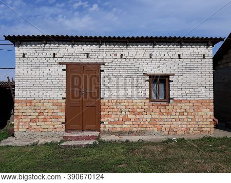 Old Shed Of Red And White Brick Door, Shed, Building