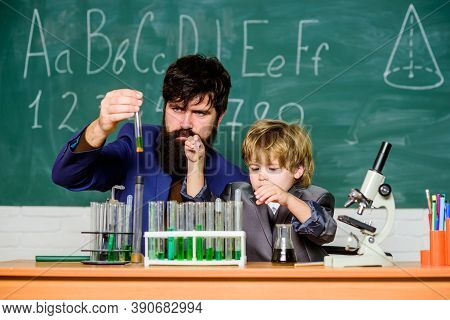 Chemical Experiment. Genius Minds. Signs Your Child Could Be Gifted. Joys And Challenges Raising Gif