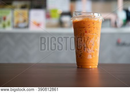 Bangkok, Thailand - October 21, 2020 : Iced Thai Milk Tea In Container That Can Be Decomposed Natura