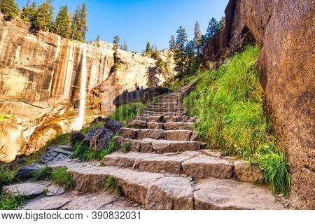 Vernal Falls In Yosemite Valley, Yosemite National Park, California