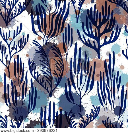 Coral Reef Seamless Pattern. Paint Splashes Drops Watercolor Background. Caribbean Staghorn And Pill