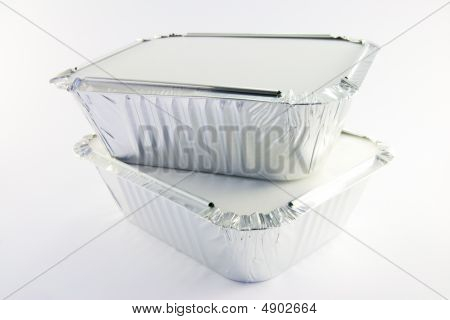 2 Square Foil Catering Trays