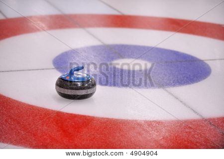 Curling-rock In Target