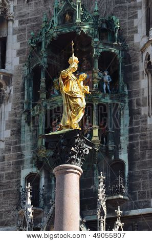 Munich Mariens�ule And Glockenspiel