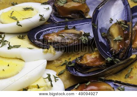 Mussels and Eggs