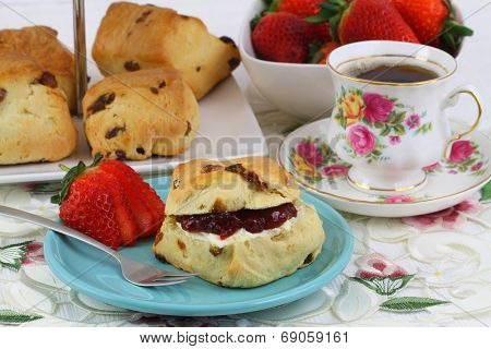 English scone with jam and clotted cream