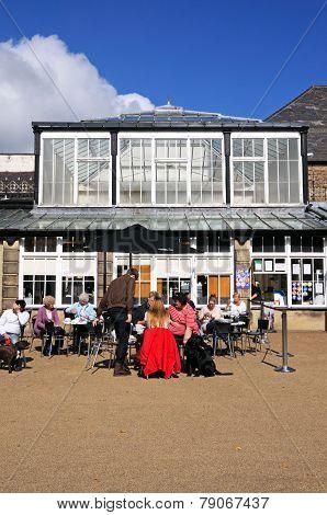 Pavement cafe, Buxton.
