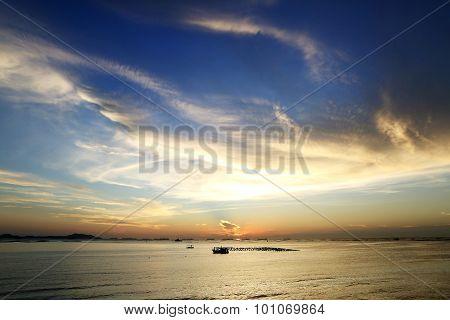 06 - Twilight sky with sea views