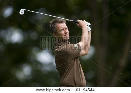 WENTWORTH, ENGLAND. 23 MAY 2009.Mark FOSTER (GBR) playing a shot during the 3rd round of the European Tour BMW PGA Championship.
