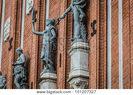 Sculptures On The Facade Of The House Of Blackheads In Riga, Latvia.