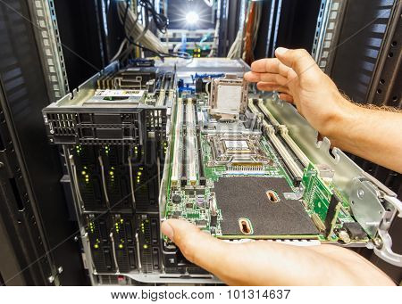 replacement of faulty blade server in chassis the platform virtualization in the data center server rack poster